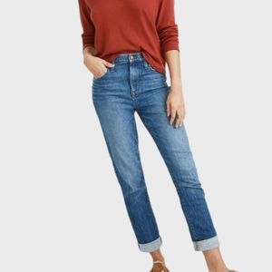MADEWELL GOOD CONDITION BOYJEAN STYLE BLUE JEANS